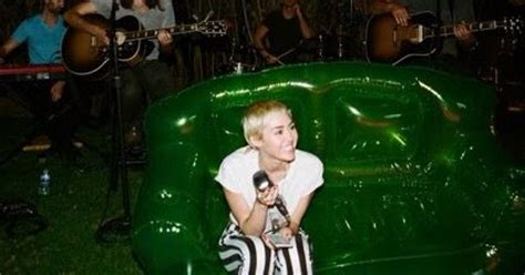 miley cyrus backyard sessions download miley downloads 193 lbum miley cyrus happy hippie