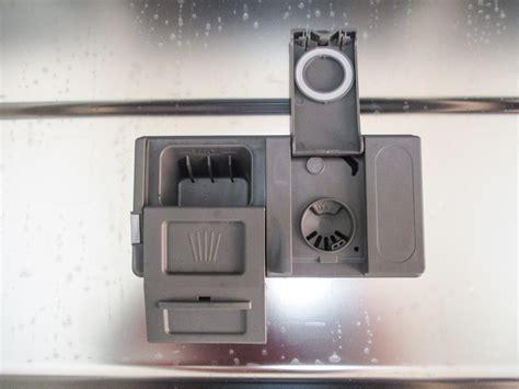 test lavastoviglie i dettagli test sulla lavastoviglie whirlpool wfo 3t123pfx