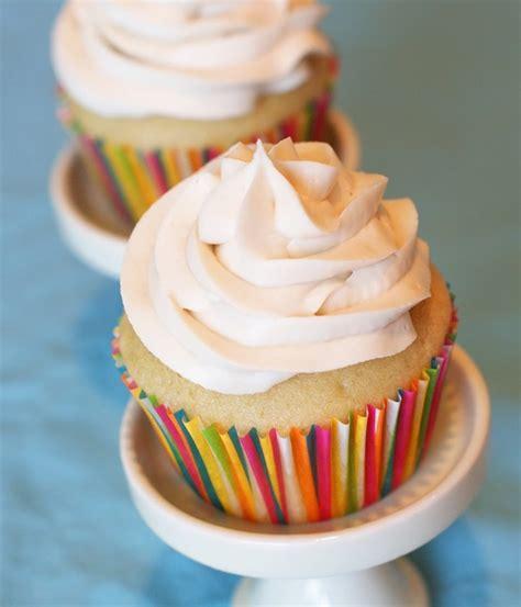 gluten free vanilla cupcakes w dairy free buttercream go dairy free