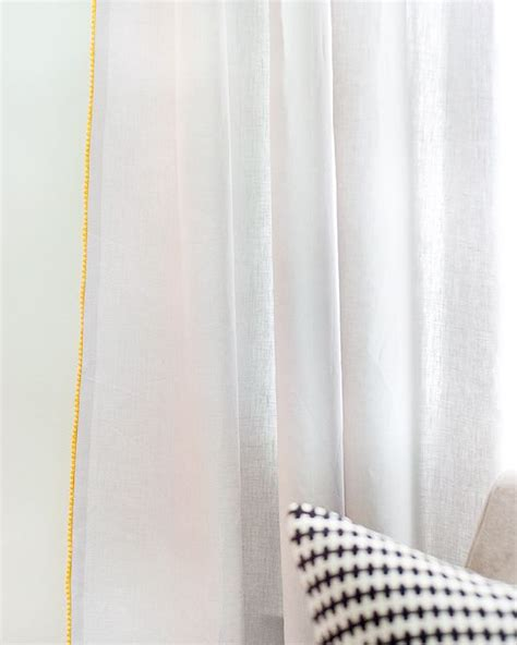white curtains with yellow trim remodelaholic 28 ways to spruce up white curtains