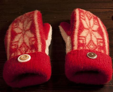 pattern felted wool mittens from sweaters mittens from felted sweaters make to wear fiber pinterest