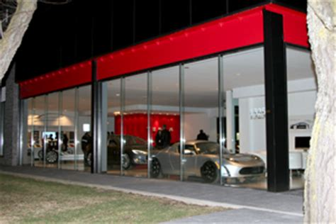 Tesla Dealership Palo Alto Tesla Establishes New Toronto Showroom And Service Centre