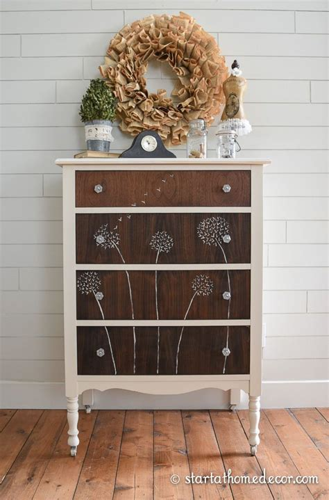 Handpainted Dresser by 25 Best Ideas About Painted Dressers On