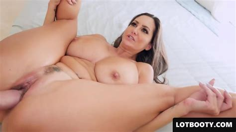 Very Sexy Milf Pawg With Huge Tits And Fat Ass Gets Fucked