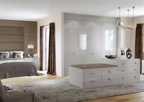 Hammonds Fitted Wardrobes - explore the elkin fitted wardrobes range for your bedroom