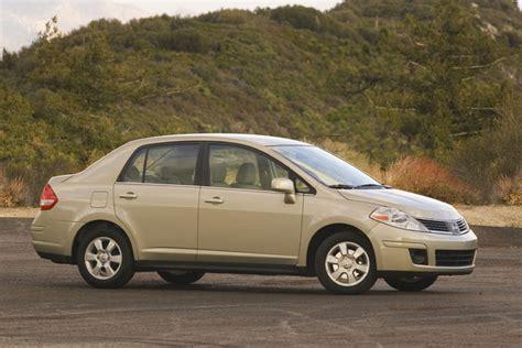 2008 nissan versa sedan picture pic image