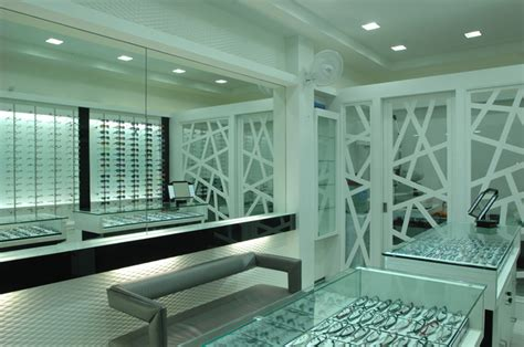 optical shop design layout glamshops visual merchandising shop reviews optic