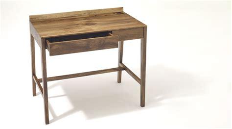 Design Schreibtisch Klein by Theo Light Desk Sixay I Holzdesignpur