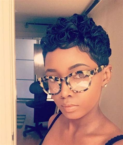 pixie cut curly hair glasses 3568 best hairstyles images on pinterest short cuts
