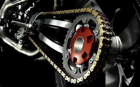 motosiklet zinciri bakimi yaglanmasi ve puef noktalar
