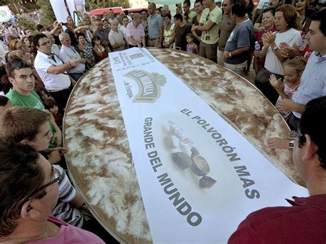 guinness world records spanish 8408104926 largest pastry spanish bakery breaks guinness world record