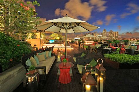 Top Bars Singapore by The 7 Best Rooftop Bars In Singapore Thebestsingapore