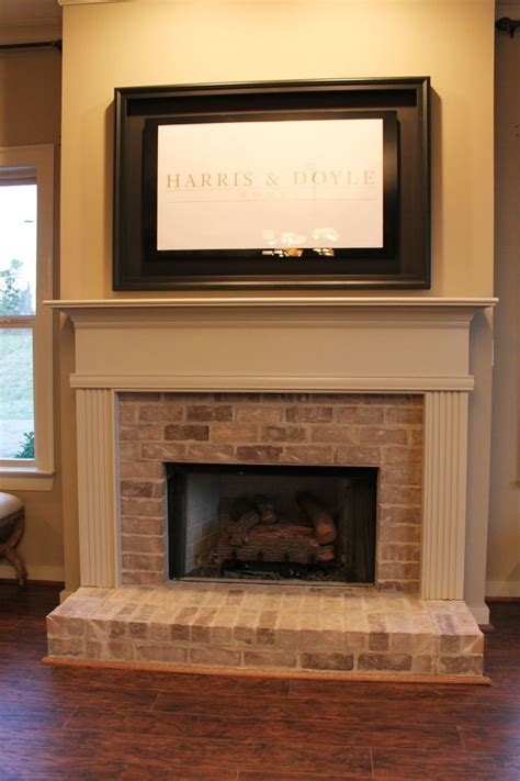 Hearth Bricks For Fireplaces by Best 25 Brick Hearth Ideas On