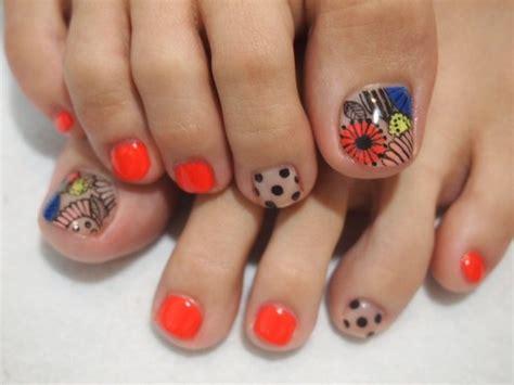 cute pedicures crafty pedicure nail art designs