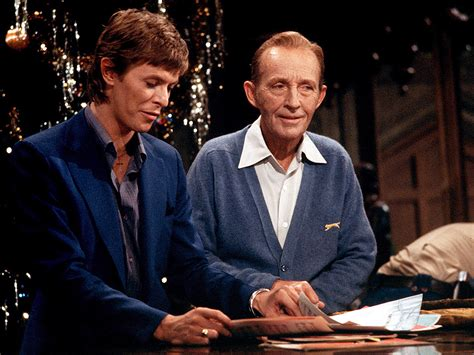 david bowie bing crosby xmas song david bowie and bing crosby the story behind their