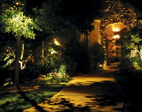 Landscape Lighting Spacing Highlight Your Landscaping With Outdoor Lighting