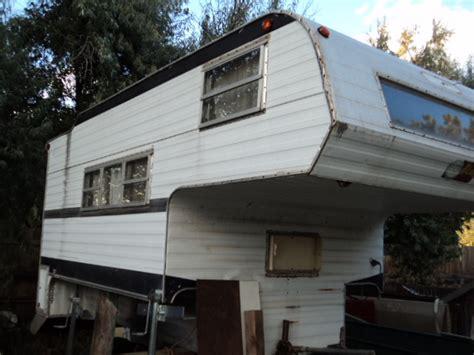 tommys colorado garage sale  ft overhead camper