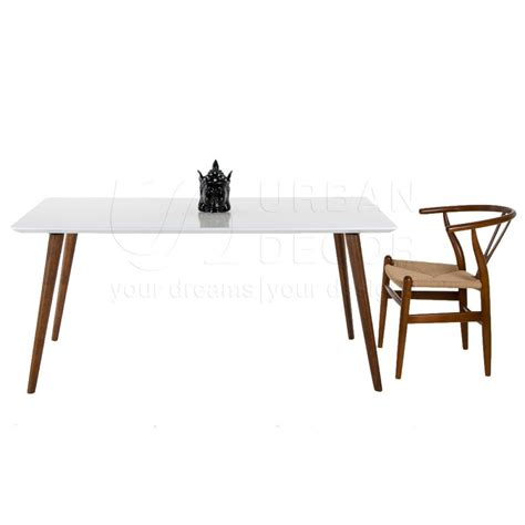 ghost 6 seater dining table