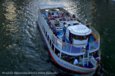 chicago architectural boat tour mcclurg find the chicago boat tour best suited to you