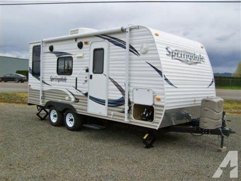 2013 Keystone Springdale travel trailer 21ft w/front