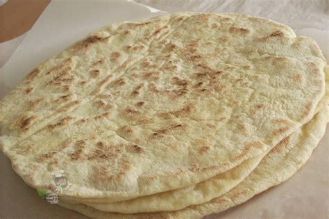 Tortilla Kecil 19 Cm Isi 20 pita bread vs tortilla