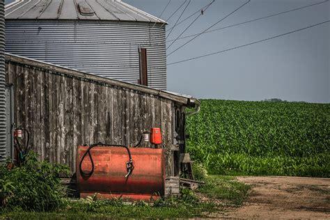 Iowa Machine Shed by Machine Shed Photograph By Congrove