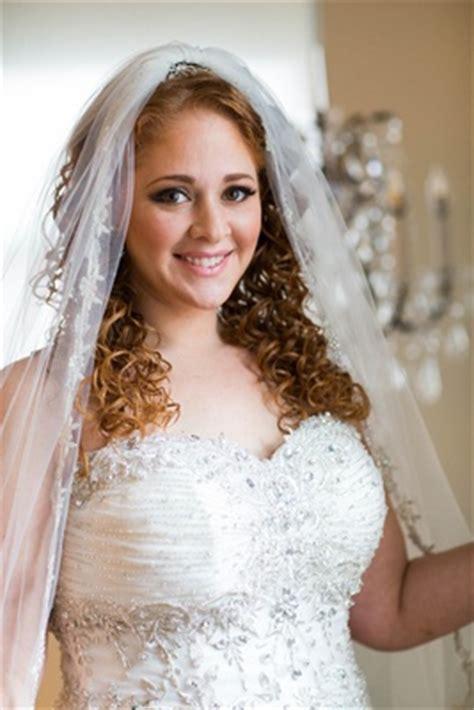jewish hairstyles wedding gatsby inspired jewish wedding with purple gold d 233 cor in