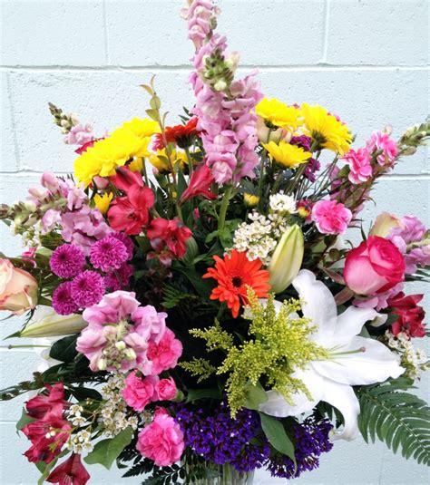 spring floral florist friday recap 4 6 4 12 color me spring