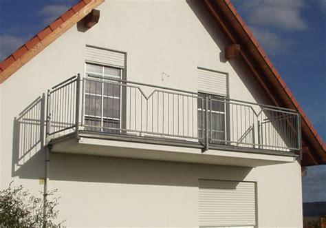 edelstahl glasgeländer preis balkone aus stahl balkone und balkonanlagen planen bauen