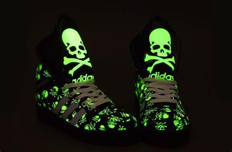 adidas glow wallpaper 64 best images about calaveras verdes on pinterest glow