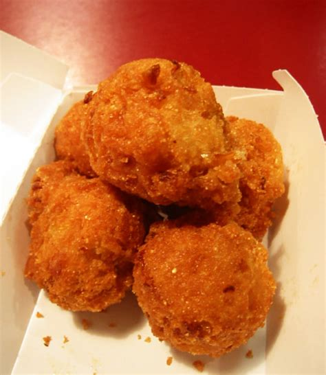 how to make hush puppies with cornmeal easy hush puppies recipes filled cornmeal fritters
