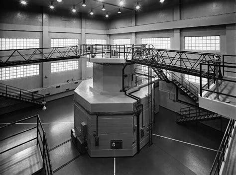 reattore nucleare pavia archivio chiolini le immagini