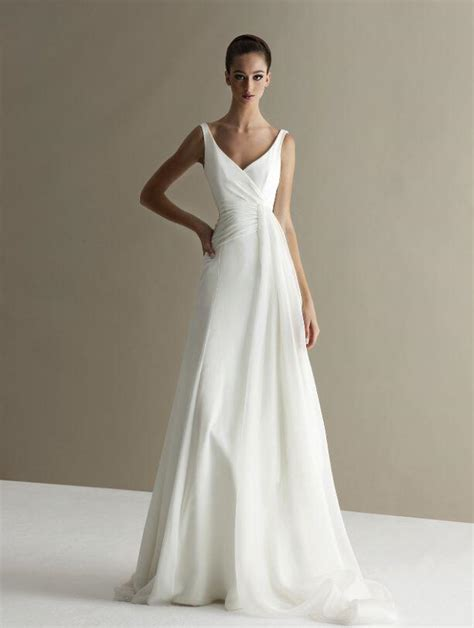 plain wedding dresses  chic  simple style