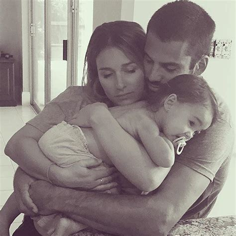 jessie james and eric deckers family snaps are popsugar 62 best eric decker jessie james images on pinterest
