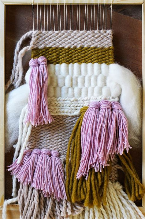 Wall Hanging Tutorial - weekend project 10 weaving tutorials ideas poppytalk