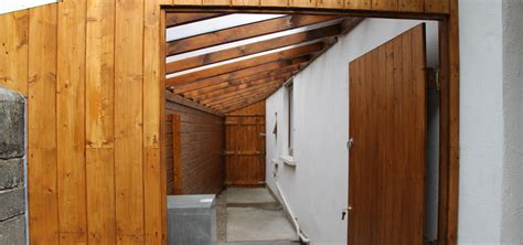 ag remodelling projects lean to side passage roof