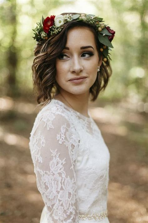 Wedding Hairstyles For Really Curly Hair by Best 25 Flower Crown Wedding Ideas On Wedding