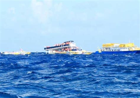 cozumel catamaran ferry 95 german tourists rescued from sinking cozumel ferry
