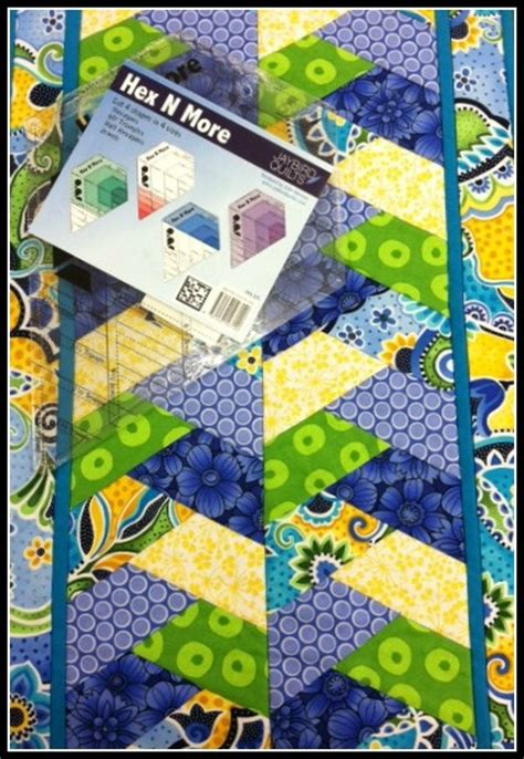 Half Hexagon Quilt Ruler by 25 Best Images About Jaybird Quilts On Quilt