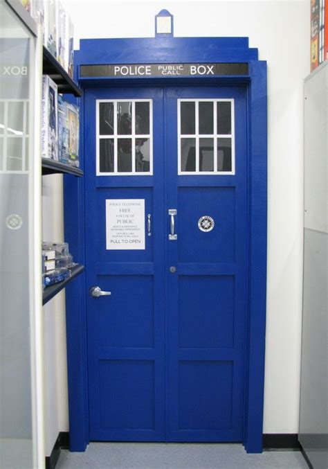 tardis door bedroom door my inner geek pinterest