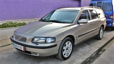 electronic throttle control 2000 volvo v70 regenerative braking service manual how to change a 2002 volvo v70 dipped beam replacement volvo v70 specs 2000