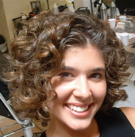 perms for short hair and round face perm hairstyle for round faces 2015 adworks pk