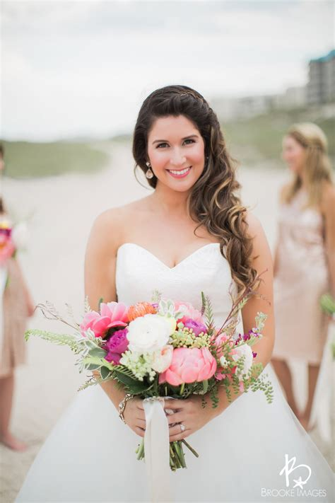 Hair Salon   Bridal Hair Stylist in Jacksonville, FL
