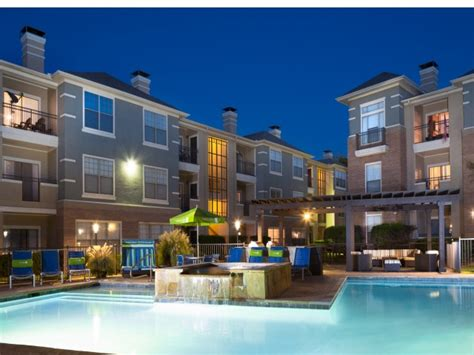 Apartments In Cityplace Dallas Metropolitan At Cityplace Dallas Tx Apartment Finder