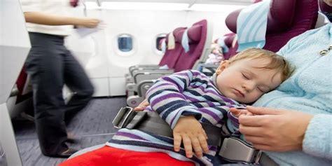 tips naik pesawat bersama bayi nusatrip blog travel online domestik internasional