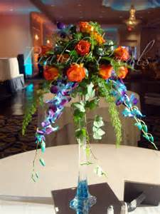 Eifel Tower Vase Prabha Petals Centerpieces And Cakes