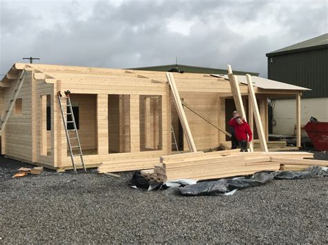 building a two bedroom log cabin the hansa c