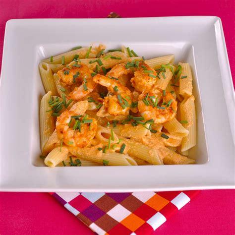 cuisiner les langoustines penne aux langoustines une recette week end cuisine