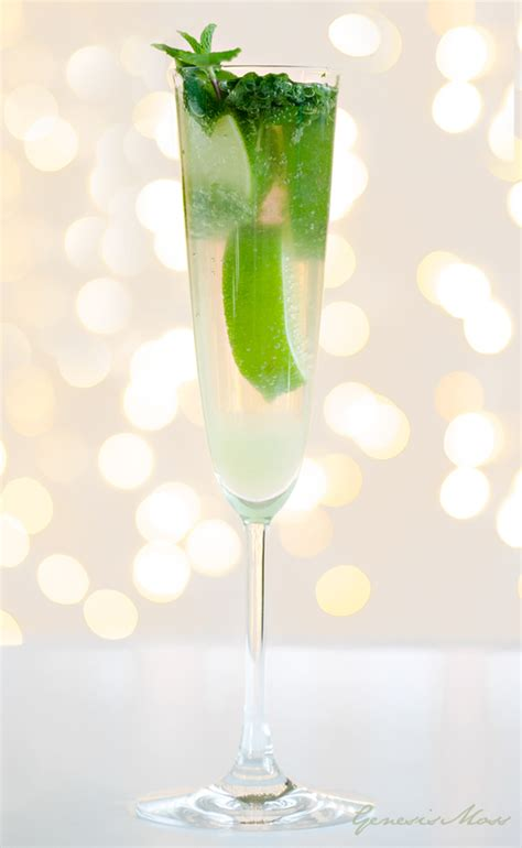 summer wedding signature drinks moscow mule