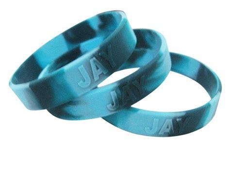 Silikon Custom custom rubber wristbands personalized silicone bracelets